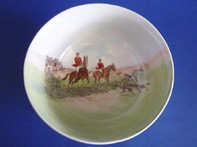 Lovely Royal Doulton Hunting 'In the Vale' by Charles Simpson Winchester Salad Bowl c1950 (Sold)